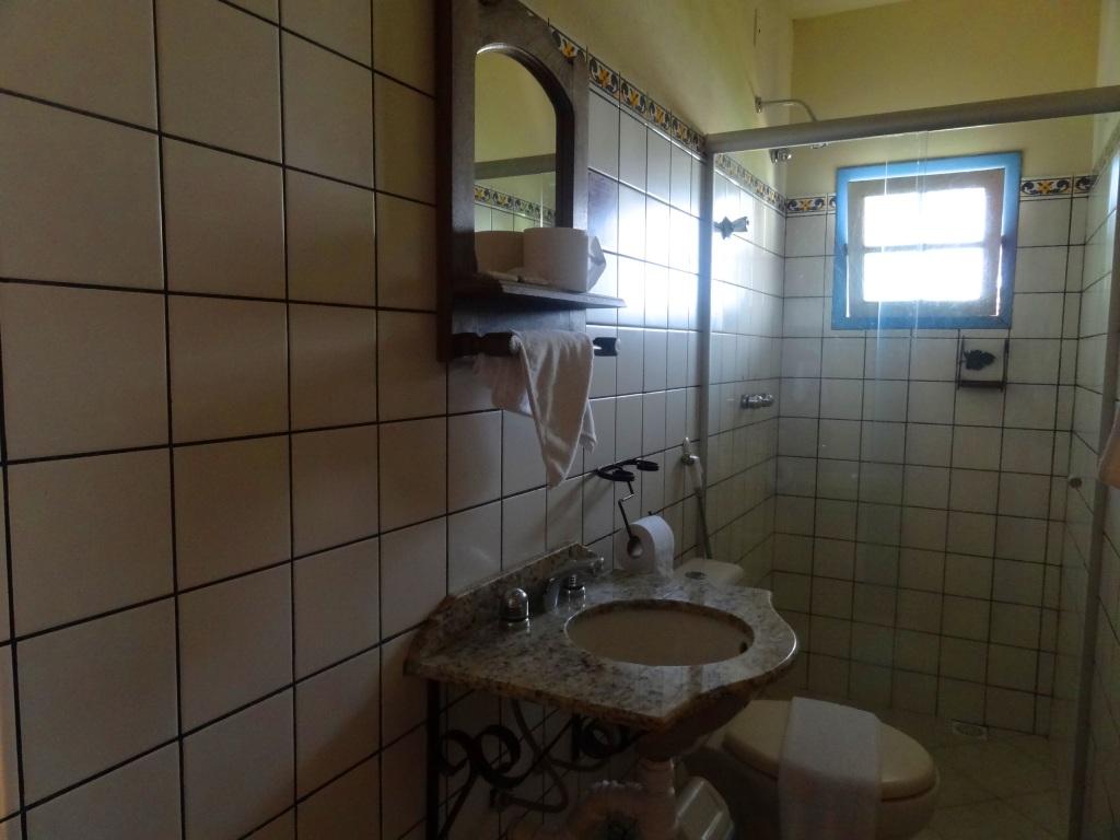 Banheiro limpo e o tamanho embora tenha lido alguns comentários  #40698B 1024 768
