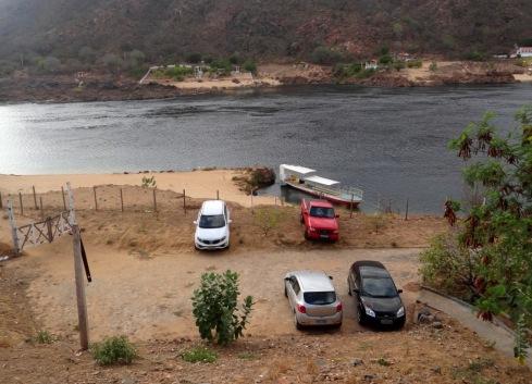 estacionamento-da-pousada-porto-de-piranhas-piranhas-alagoas-foto-do-blog-misscheck-in