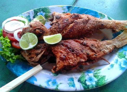 Peixe Frito - Bar Pantanal - Aracaju
