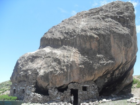Casa na Pedra - CORDILHEIRA - CHILE