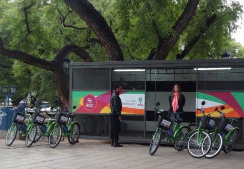 Ponto de Alguel de Bicicletas - Plaza Independencia - Mendoza
