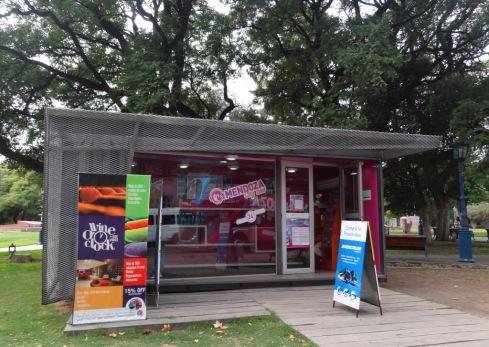 Quiosque de Venda de Passeios e Passagens - Plaza Independencia - Mendoza