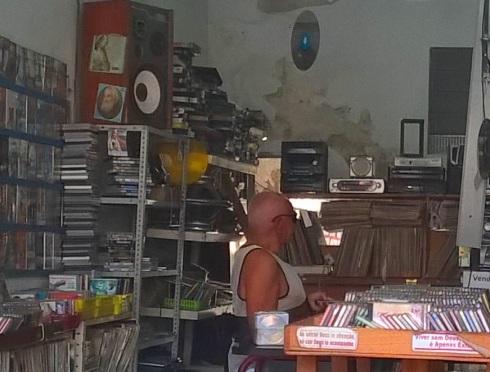 Seu Quirino e seus discos - ARACAJU