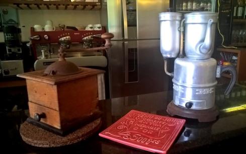Cafeteira do sec.XIX - Café Palácio - ARACAJU